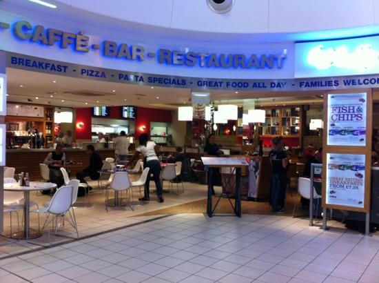Est Caffe : Est at Luton Airport