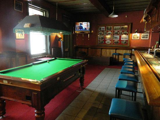 Cygnet Commercial Hotel: PopularLocal Bar
