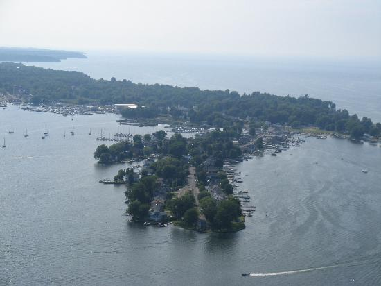 Silver Waters Bed and Breakfast: Ariel View of Sodus Point