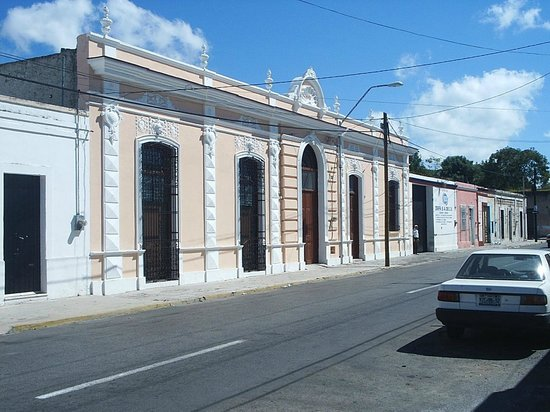 Yucatan, Meksyk: Colonial Home Restoration