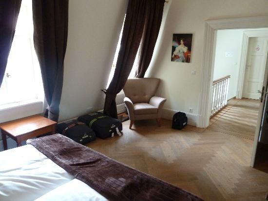 Jagdschloss Monchbruch : Comfortable bedroom