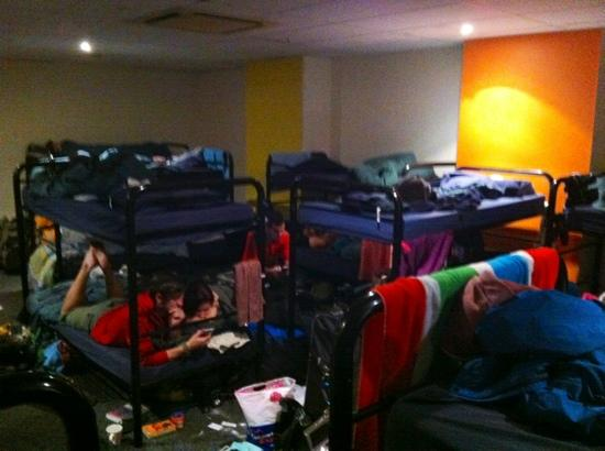 Westend Backpackers: One half of the 28 bed dorm
