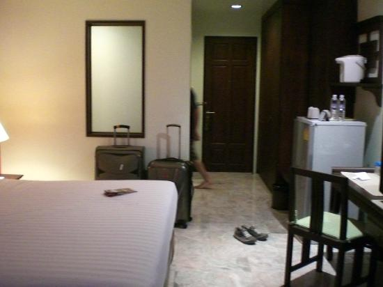 Sakorn Residence & Hotel: hab