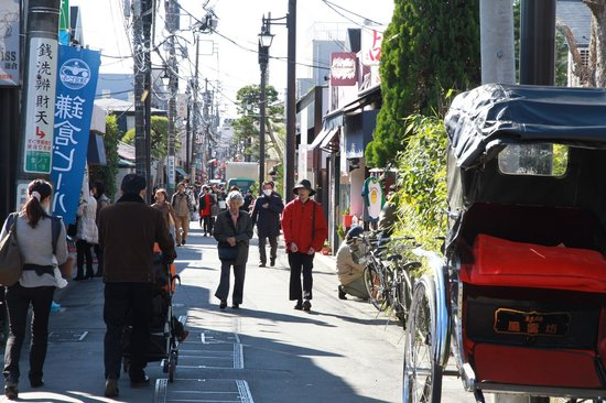 Kamakura Komachidori : いつの間にか人力車も増えました