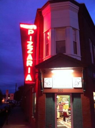 Vinnie's Pizzaria