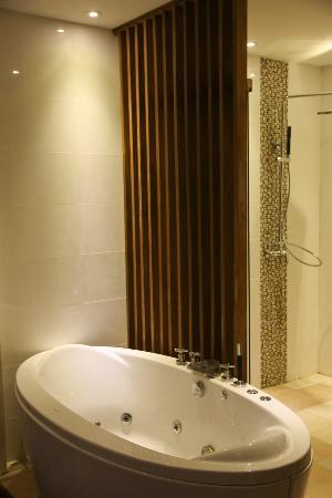 Le Sen Boutique Hotel : Bathroom Deluxe