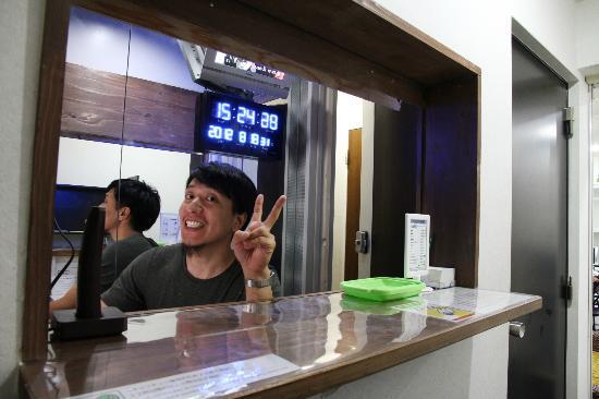 Hostel Base Point Osaka: reception