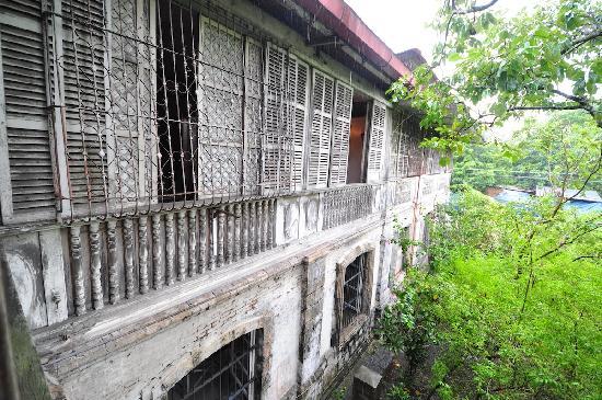 Balay ni Tana Dicang: Facade from the second floor
