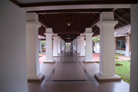 Bolgatty Palace and Island Resort: Corridor