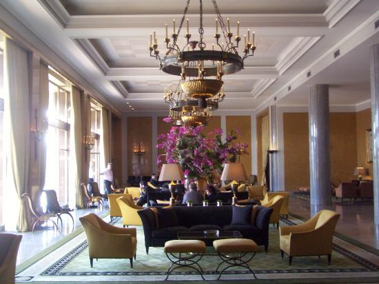 Four Seasons Hotel Ritz Lisbon: Lobby area (Grand)