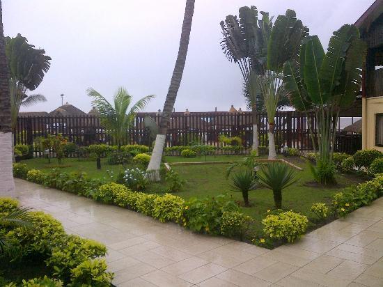 Twiga Hotel: Extérieur devant Chambre