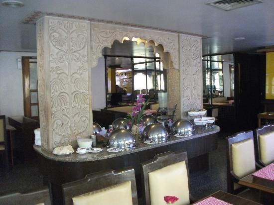 Hotel Jaies: Buffet breakfast