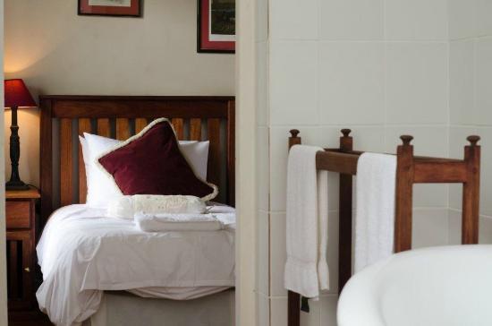 The Nottingham Road Hotel: Room