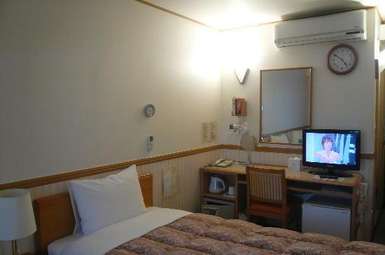 Toyoko Inn Busan No.1: room inside