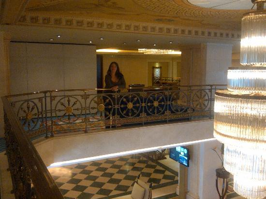 Electra Palace Athens: Lobby view from 1st floor
