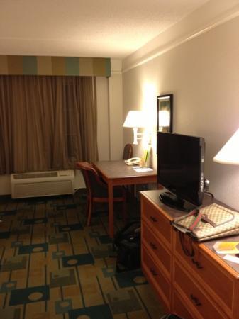 La Quinta Inn & Suites Austin Southwest at Mopac : free wi-fi