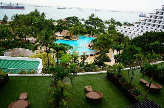 Pool Picture Of Shangri La 39 S Rasa Sentosa Resort Spa Sentosa Island Tripadvisor