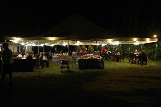 Naviti Resort: our restaurant under the stars. amazing