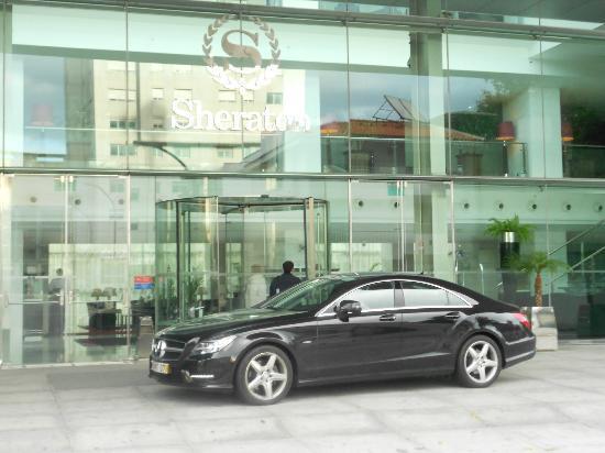 Sheraton Porto Hotel & Spa: entrada hotel