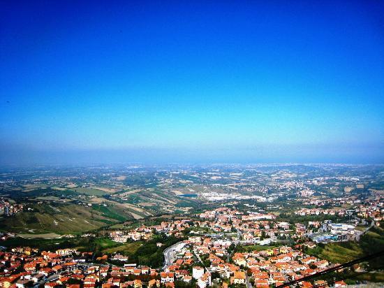 San Marino Outlet Market: Сан-Марино