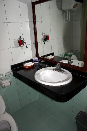 Hanoi Guest House: Bagno