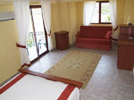 Osmanlı Sarayı Otel: Spacious and well appointed rooms