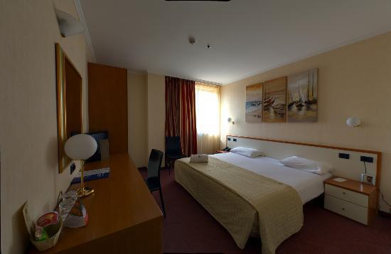 BEST WESTERN Congress Hotel: Double room