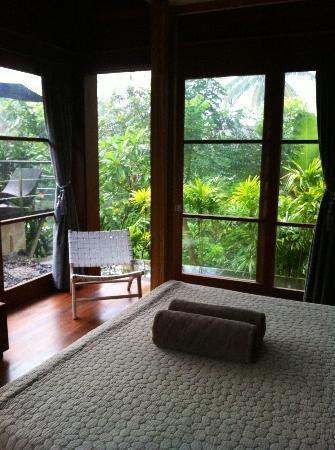 Luwak Ubud Villas: Vue du lit...