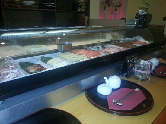 Kyoto Inh. Hyun-Sa On: Sushi-Theke im Kyoto