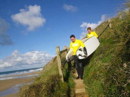 The Surf Club Cornwall: The walk down