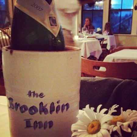 Brooklin Inn: Fab wine list