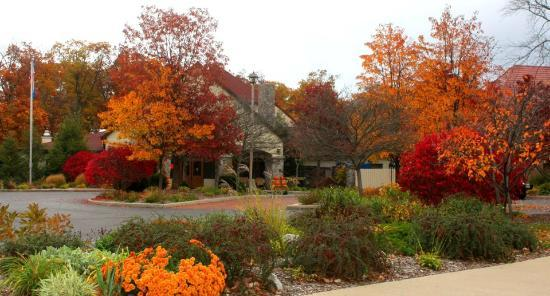 Potawatomi Inn and Conference Center: 2012 October Pic