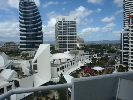 South Pacific Plaza Broadbeach: View from Apartment