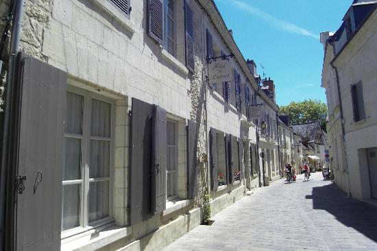 Hotel de Biencourt: entrée rue Balzac