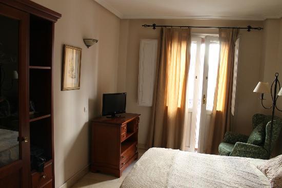 Apartamentos Caballero de Gracia: Quarto