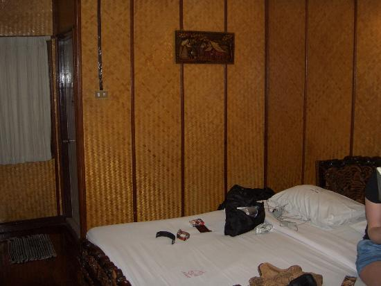 Lai-Thai Guest House: Onze kamer