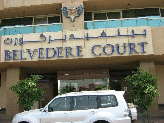 Belvedere Court Hotel Apartments: Hotel Entrance