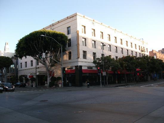 Hotel Carmel: carle