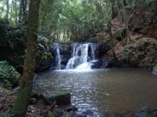 Juquitiba, SP: Cachoeira do Monjolo