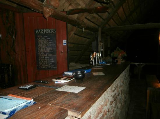 Pioneer Lodge & Camp: Bar