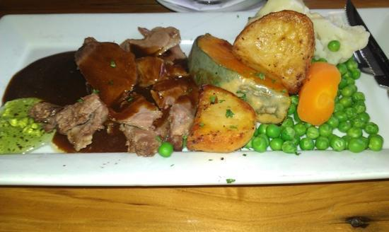 The Ranch Cafe Bar & Grill: roast lamb