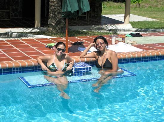 Rancho Los Toros: Pool