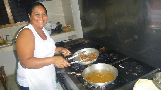 El Quijote Bar and Restaurant: Happy chef