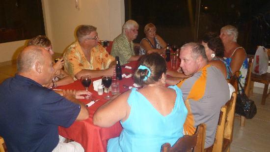 El Quijote Bar and Restaurant: Gringos gorging