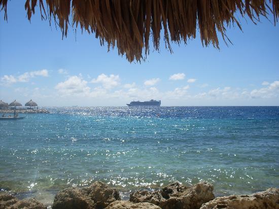 Blue Bay Curacao: Vom Liegestuhl gibt es immer was zu sehen