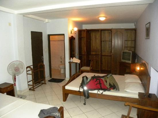 Hotel Kandy Paris : chambre