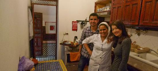 ‪‪Riad Ahlam‬: With Omar & Fatia in the cosy kitchen