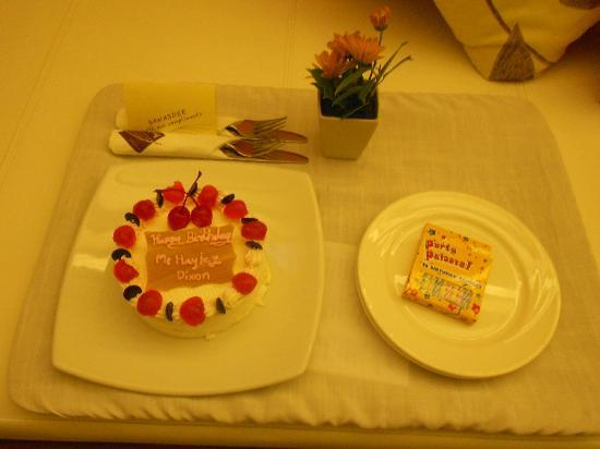 Banthai Beach Resort & Spa: The amazing staff brought this to my room for my birthday