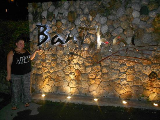 บ้านไทย บีช รีสอร์ท แอนด์ สปา: entry