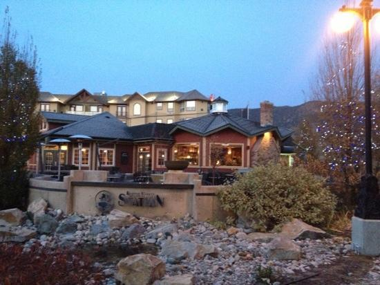 Ramada Penticton Hotel & Suites: beautiful property